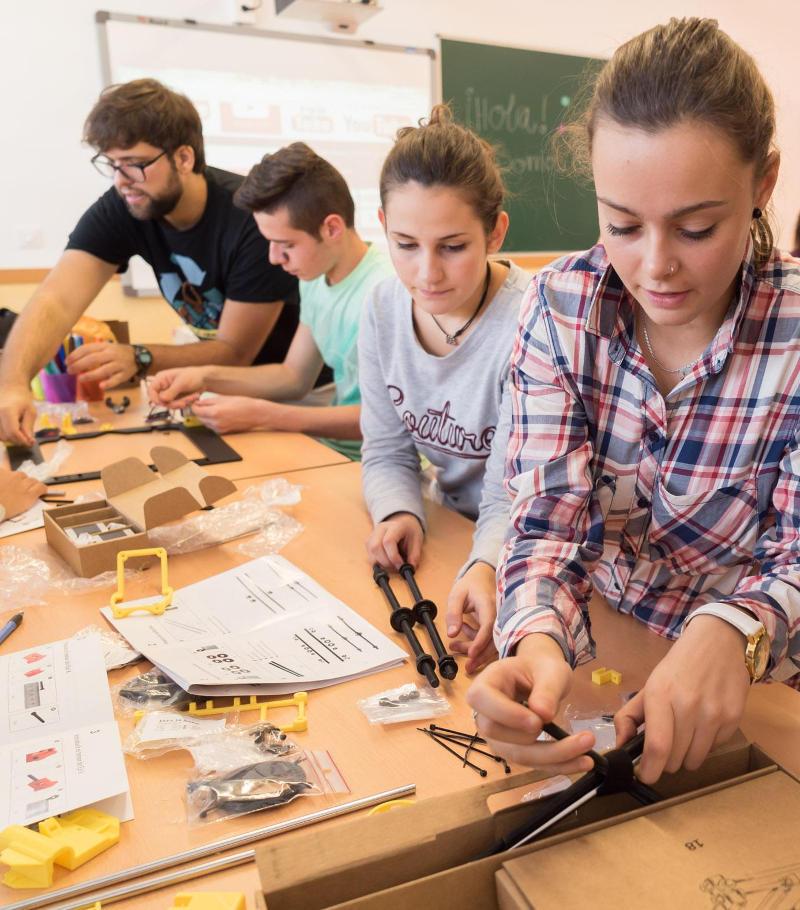 iSchool Club Maker Primaria