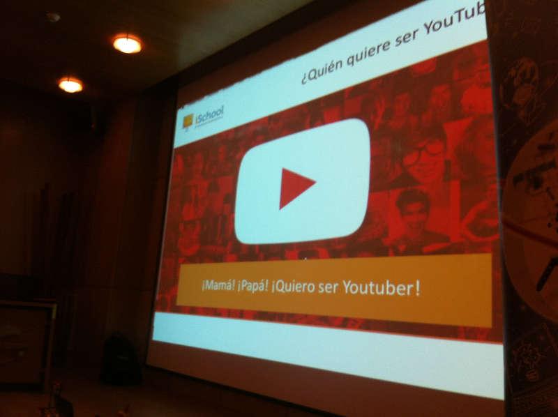 iSchool descripción YouTuber Experience