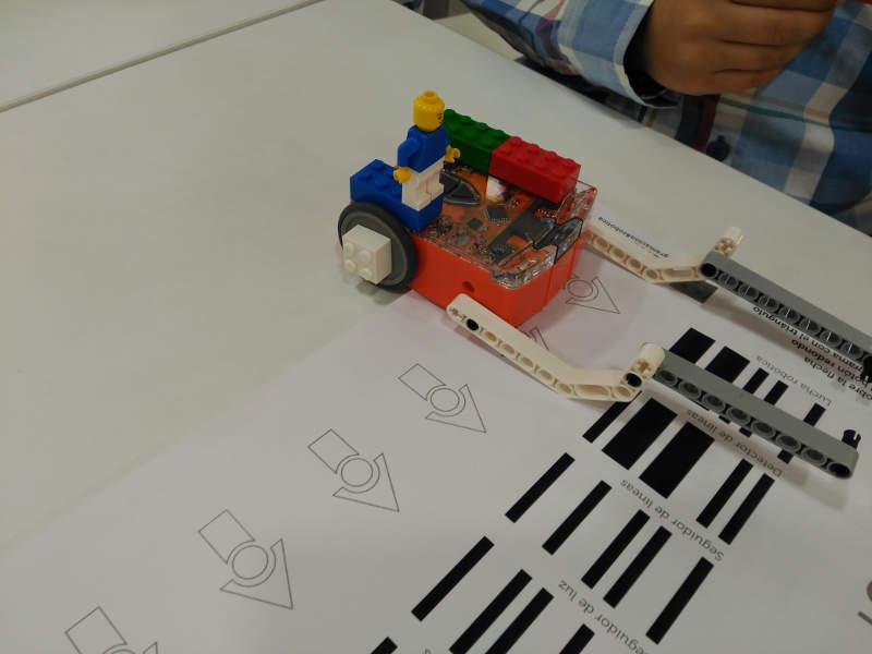 iSchool Robot Edison