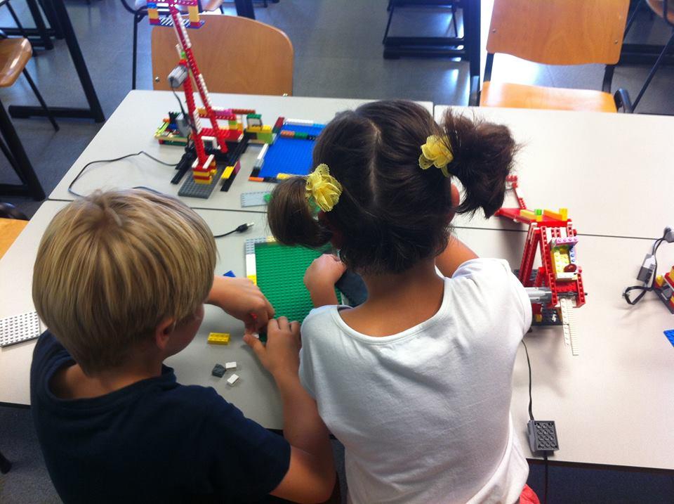 iSchool Actividades